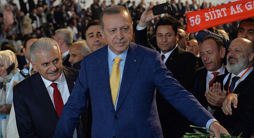 Medya patronu Ethem Sancak AKP yönetimine girdi