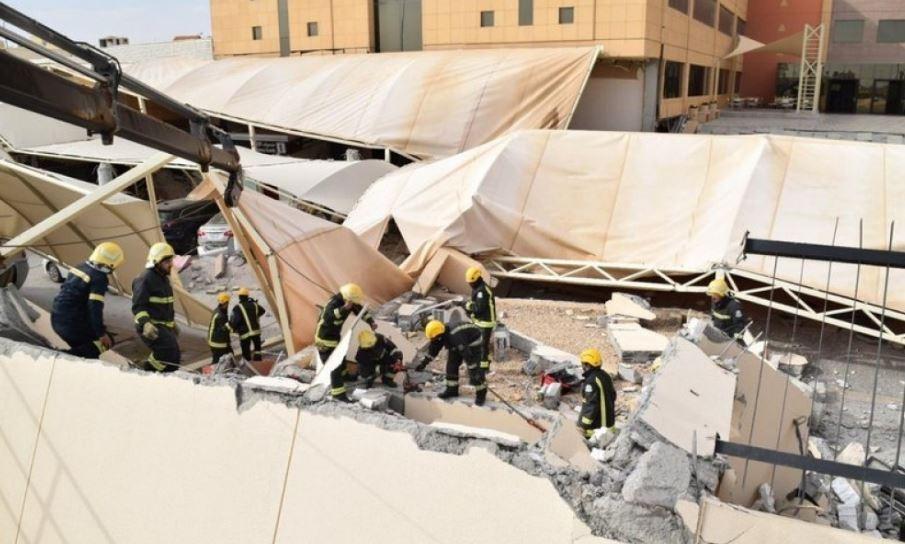 Suudi Arabistan'da üniversitenin duvarı çöktü: 2 ölü, 13 yaralı