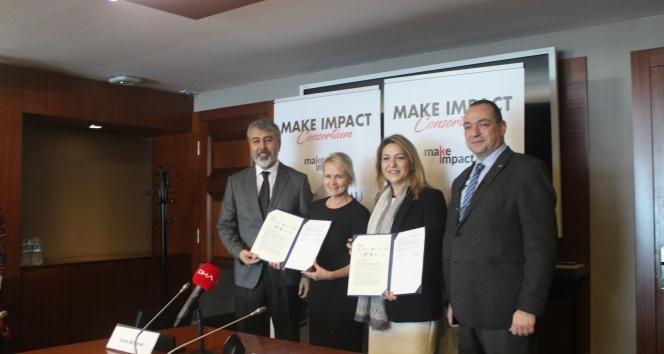 Türk gençlerini dünyaya açacak iş birliği