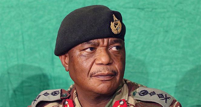 Zimbabwe başkan yardımcısının eşine cinayete teşebbüs suçlaması
