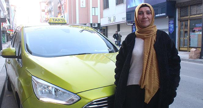 26 yıllık deneyimi, 52 yaşında taksici yaptı