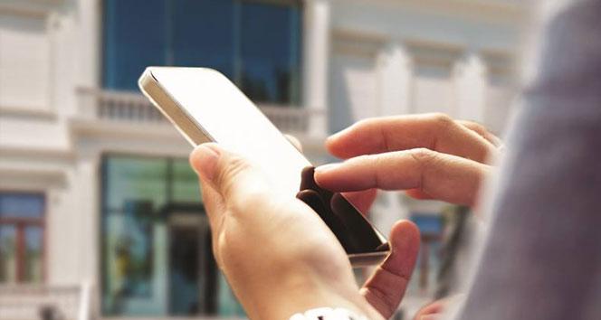 Cep telefonu kamburlaştırıyor