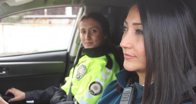 İstanbul polisinin nefes kesen sürüş eğitimi