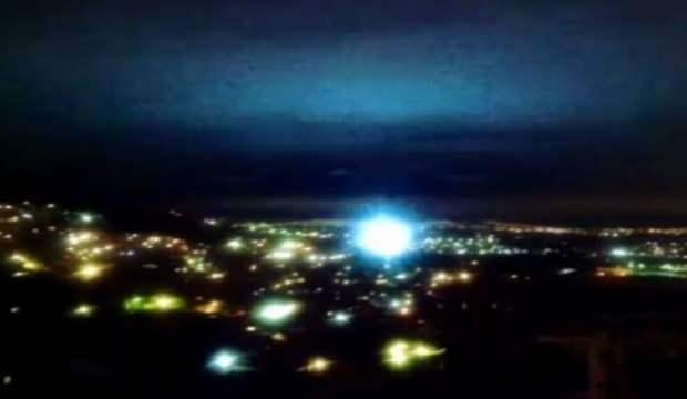 Deprem sırasında neden ışık çıkar? Bilim insanları açıkladı