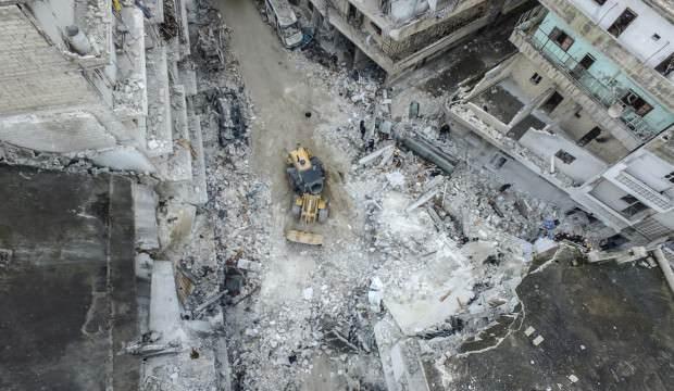 Rusya ve Esed uçakları İdlib'i vurdu: 11 sivil öldü
