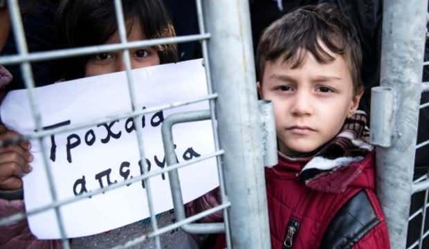 Almanya'dan kirli tezgah: Sınırdaki çocukları Hristiyanlaştıracaklar