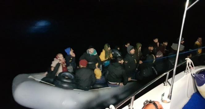 Aydın açıklarında 55 düzensiz göçmen kurtarıldı