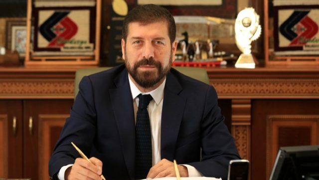 Belediye Başkanı, tüm maaşını salgın nedeniyle işsiz kalan vatandaşalara bağışladı