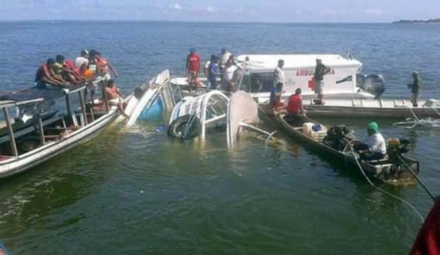 Brezilya'da tur gemisi battı: 13 ölü