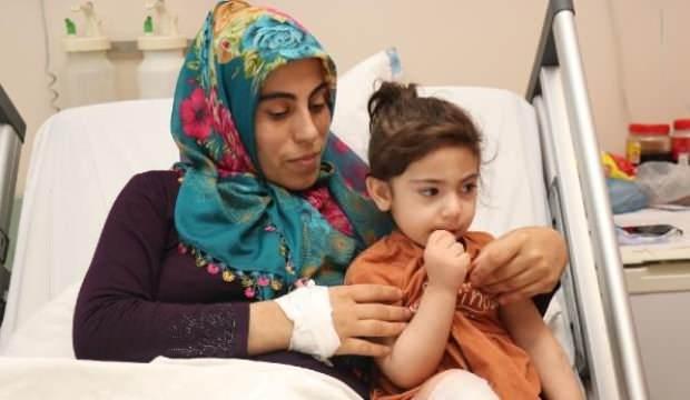 Depremden yaralı kurtulan Yüsra ve annesi 46 gün sonra buluştu