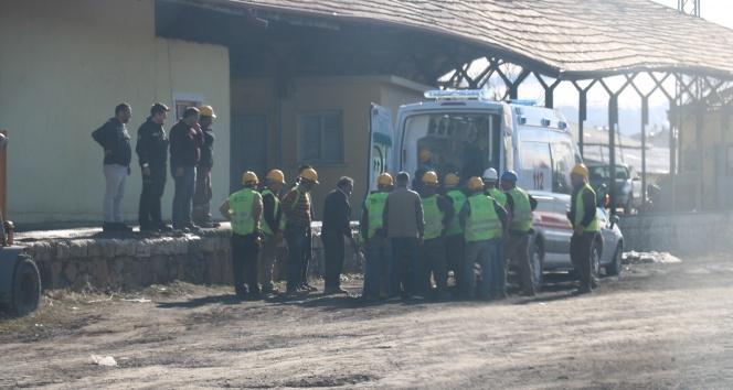 Devrilen vincin altında kalan işçi ağır yaralandı!