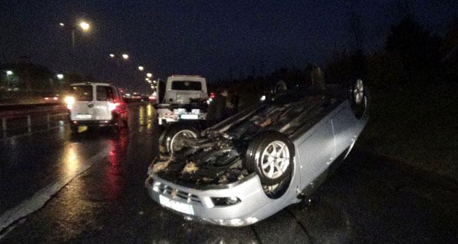 Sancaktepe'de otomobil takla attı