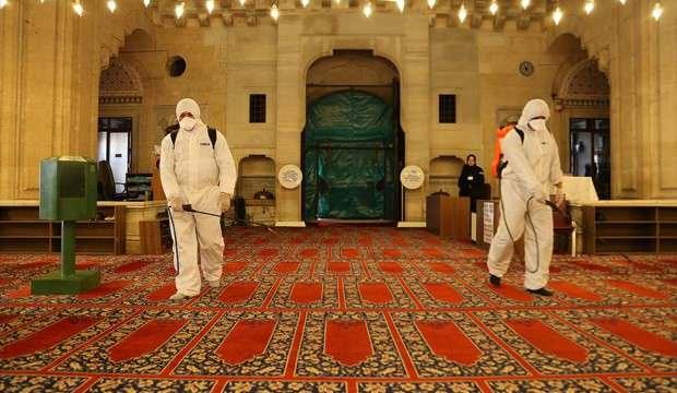 Selimiye Camisi dezenfekte edildi