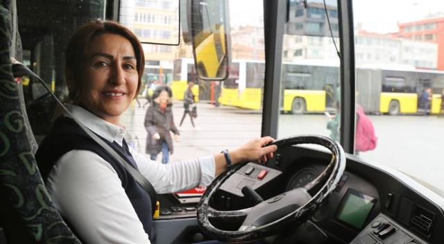 İstanbul'un kadın otobüs şoförleri, yolculardan tam destek alıyor