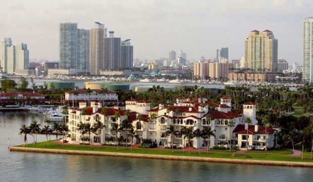 ABD'nin en zengin mahallesinde koronavirüsle yaşam: Herkese test