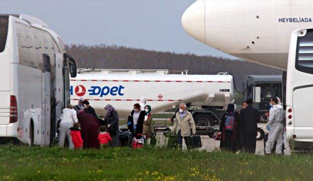 Almanya'daki 238 Türk vatandaşı Samsun'a getirildi