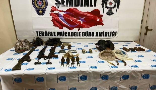 Hakkari'de terör örgütüne ait silah ve mühimmat ele geçirildi