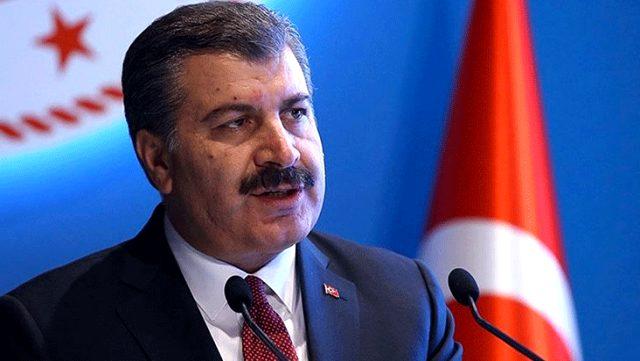 Sağlık Bakanı Fahrettin Koca: Test sayısına oranla pozitif vaka sayımız azaldı