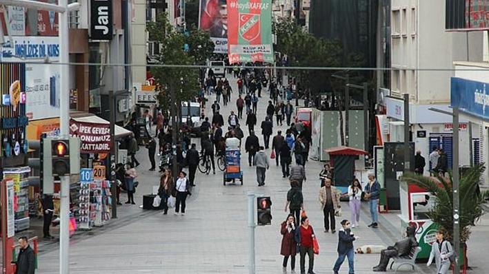 Coronavirüsü vaka sayısında 2. olan İzmir'de şoke eden görüntüler!