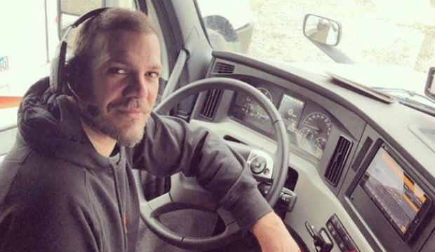 Tolga Karel: TIR'ımla 12 ceset taşıdım