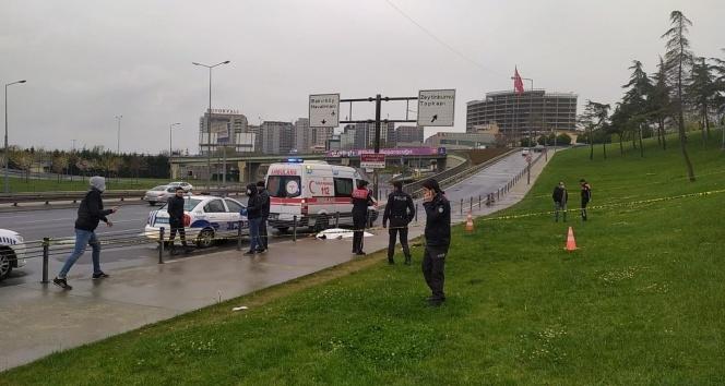 Zeytinburnu Sahil Yolunda bıçaklı kavga: 1 ölü, 1 yaralı