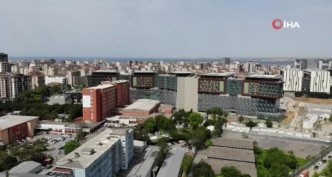 1. etabı tamamlanan Göztepe Şehir Hastanesi havadan görüntülendi