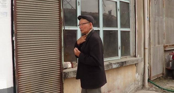 79 yaşındaki usta dükkanını açmanın mutluluğunu yaşadı