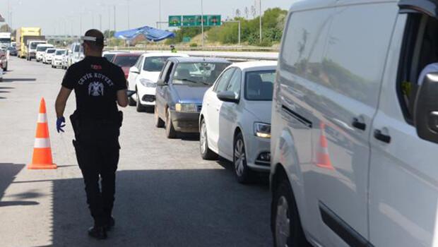 Adana'da sokağa çıkma ve seyahat kısıtlamaları kalktı, yoğunluklar başladı