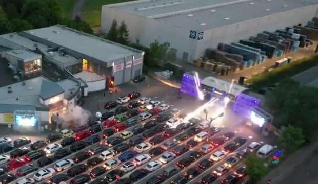 Almanya'da arabalı disko açıldı