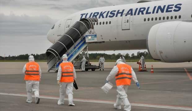 Birleşik Arap Emirlikleri'ndeki 195 Türk vatandaşı Samsun'a getirildi