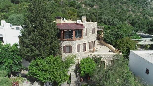 Can Dündar Bodrum'daki villasını satmaya çalışmış!