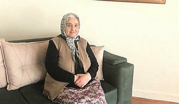 """Emine Nine """"Biz Bize Yeteriz Türkiyem"""" kampanyasına biriktirdiği 100 bin lirayı bağışladı"""
