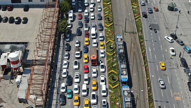 Eminönü'ndeki yoğunluk havadan fotoğraflandı