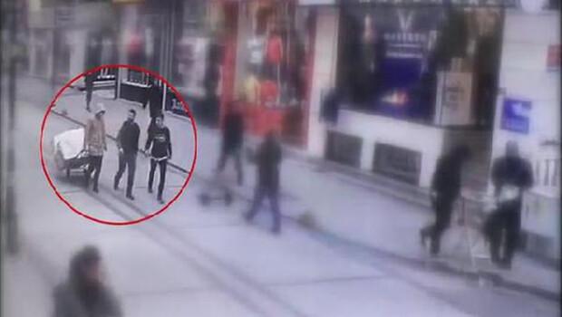 Fatih'te sokağa çıkma yasağında çorap çalan şüpheliler kamerada