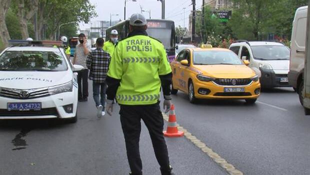 Fatih'te toplu taşıma araçları ve taksiler denetlendi
