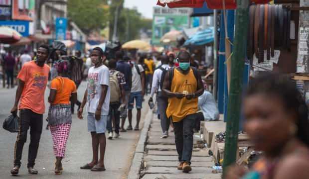 Gana'da bir kişi 533 kişiye koronavirüs bulaştırdı