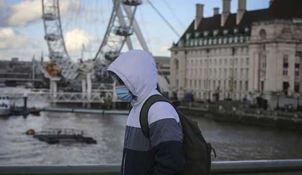İngiltere koronavirüs pasaportu için harekete geçti
