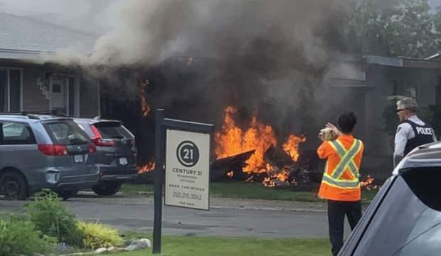 Kanada'da gösteri uçağı yere çakıldı:1 ölü