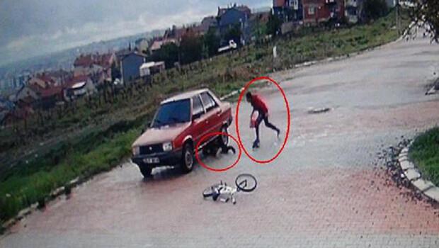 Kısıtlamaya uymayan 2 çocuk bisikletle otomobile çarptı: 1 yaralı