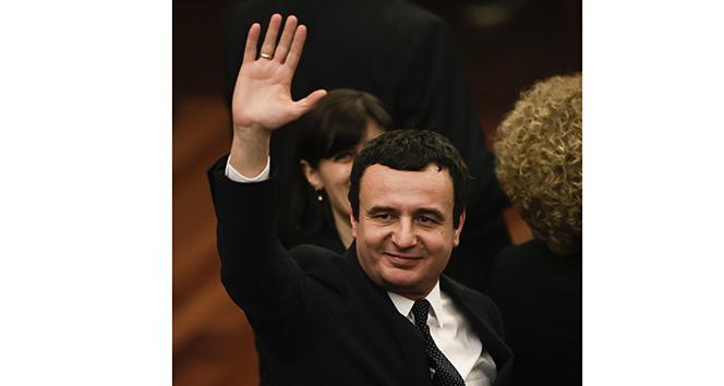 Kosova Başbakanı Kurti, tedbir amacıyla kendini karantinaya aldı