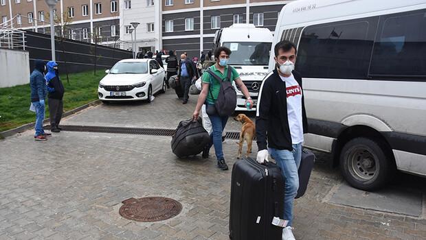 Kütahya'da karantina süresi dolan 181 kişi, evlerine uğurlandı