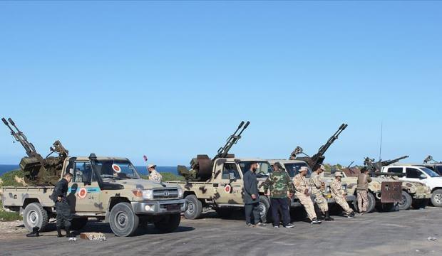 Libya UMH ordusu, Hafter'in stratejik Vatiyye Üssü'ne operasyon başlattı