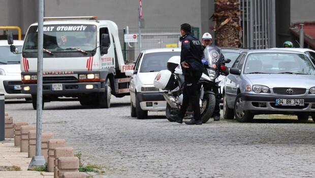 Otomobili sokak ortasında bırakıp kaçtılar, cezadan kurtulamadılar