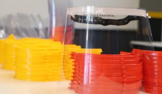 Plastik enjeksiyon teknolojisiyle sağlık çalışanlarına siperlik
