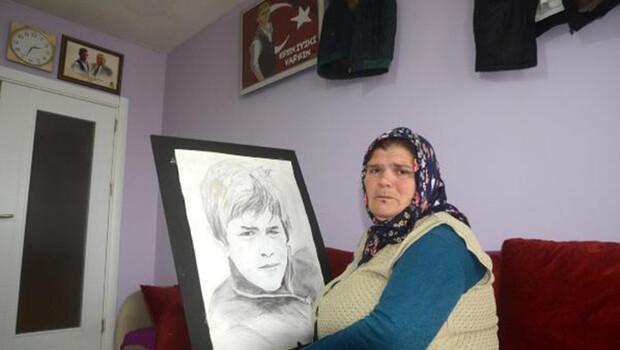 Şehit Eren'in annesi: Yarın Anneler Günü, çiçeğini bekliyorum