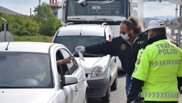 Seyahat kısıtlamasının sona erdiği Malatya'da araç yoğunluğu