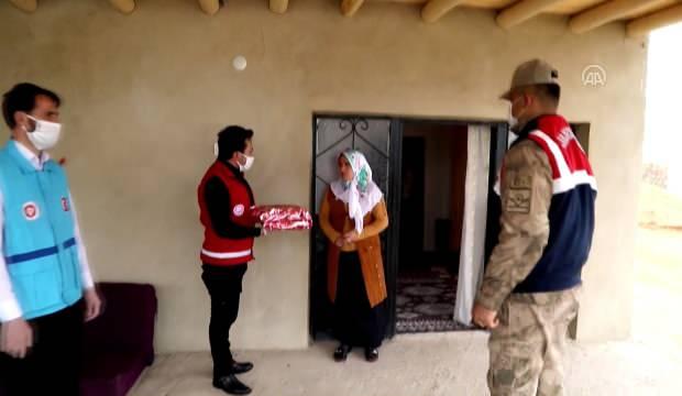 Vefa Sosyal Grubu şehit annelerini ziyaret etti