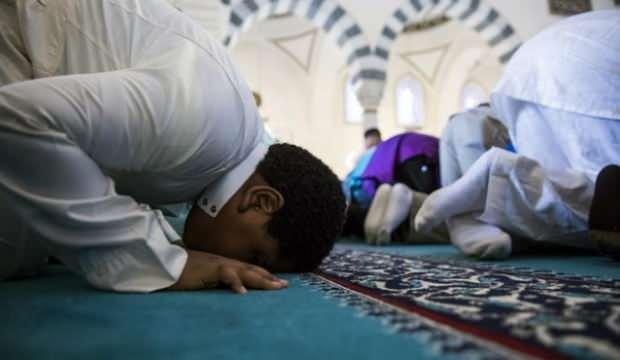 Arap ülkelerinde bayramı namazına yönelik Kovid-19 önlemleri