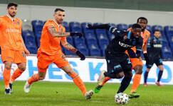 Trabzonspor, Başakşehir'i tek golle geçti
