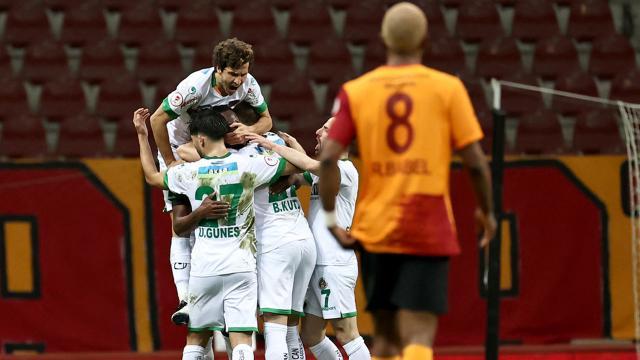 Alanyaspor Galatasaray'ı eleyerek yarı finalde